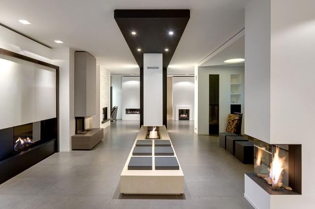Sfeerbeeld van de showroom van Haarden Oosterbosch. Klik op de foto om het project te bekijken
